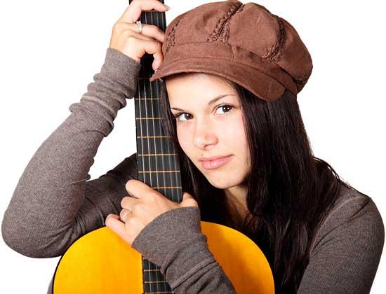Guitar, singer